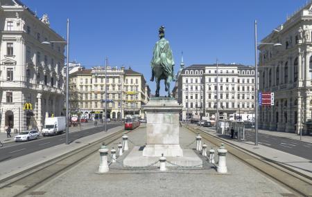 Schwarzenbergplatz, Vienna