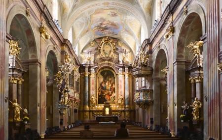 St. Anne's Church Image