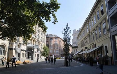 Liszt Ferenc Square, Budapest