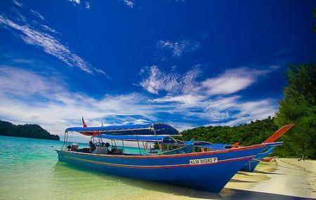 Dayang Bunting Island Image