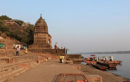 Ahilya Ghat Image