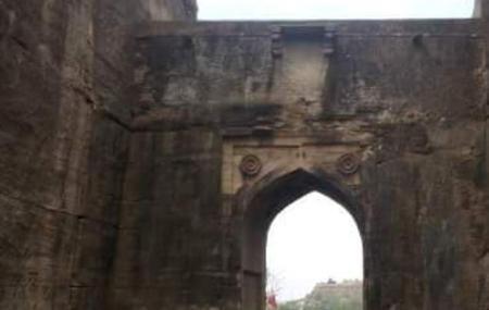 Kati Ghati Gateway, Chanderi
