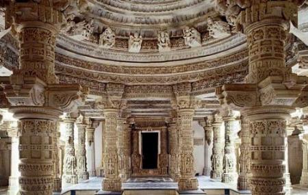 Dilwara Temples, Mount Abu