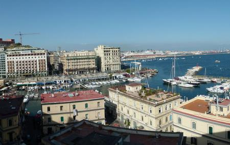 Borgo Marinari, Naples