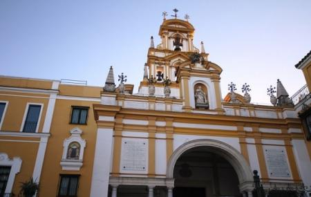 Basilica Macarena Image