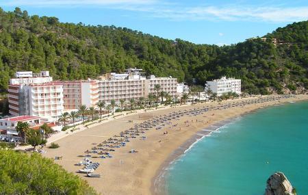 Cala De Sant Vicent, Ibiza
