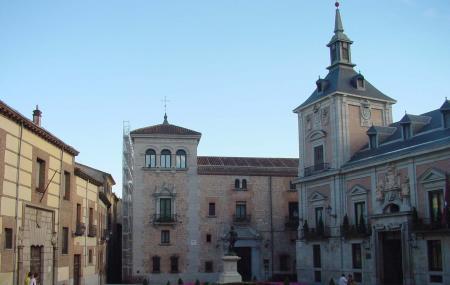 Plaza De La Villa Image