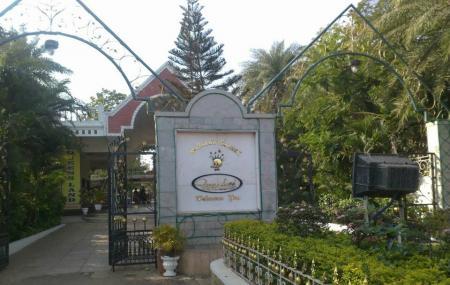 Queens Land, Chennai