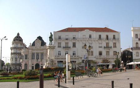 Largo Da Portagem Image