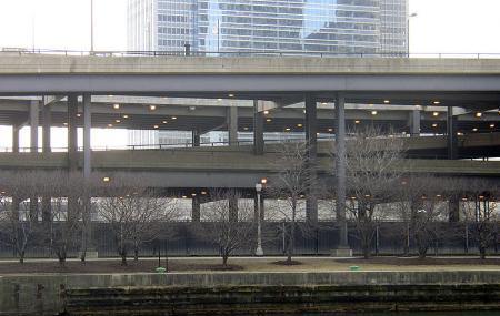 East Lower Wacker Drive Image