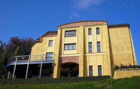Villa Esche Image