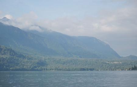 Cultus Lake, Cultus Lake
