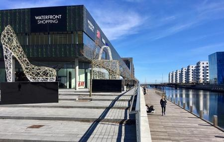 Waterfront Shopping Mall Image