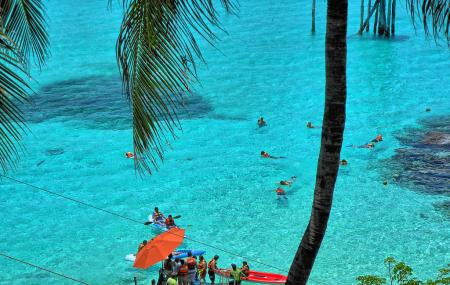 Isla Mujeres And Garrafon National Park Image