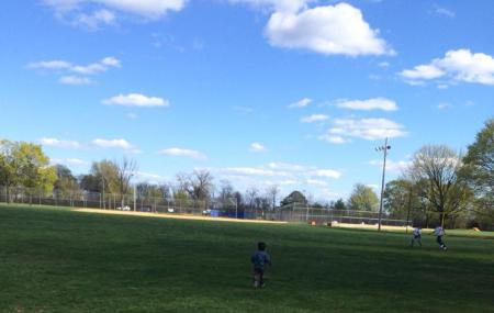 Hayes Memorial Playground Image