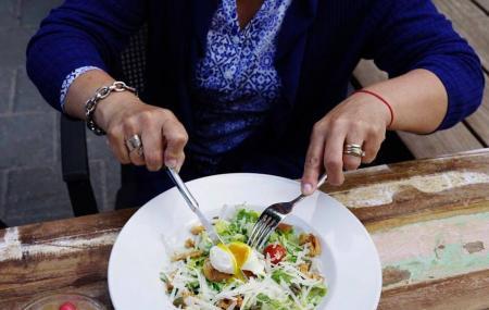O. Noir Restaurant Montreal Image