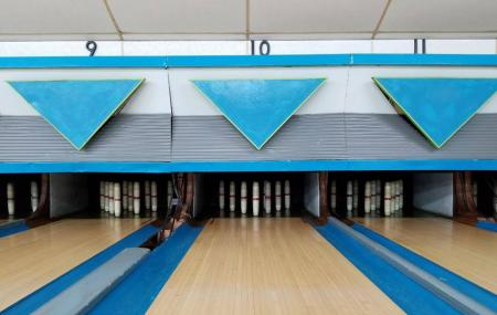 Old Town Bowling Center Image