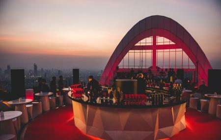 Cru Champagne Bar Image