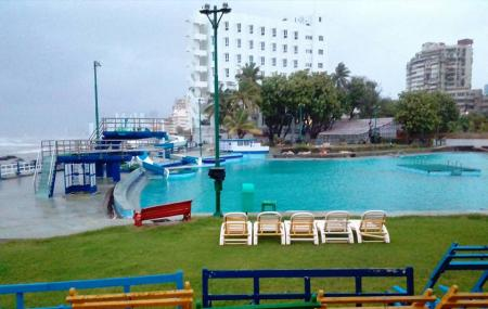 Breach Candy Swimming Bath Trust Image