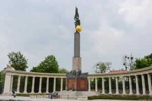 Soviet War Memorial, Vienna