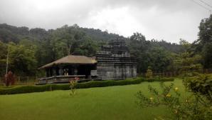 Tambadi Surla Mahadev Temple, Sanguem