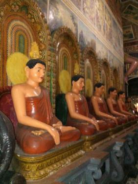 Isipathanaramaya Buddhist Temple, Colombo