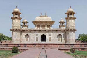 Itmad-ud-daulah, Agra