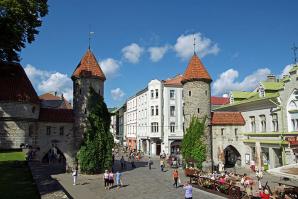 Viru Valjak, Tallinn