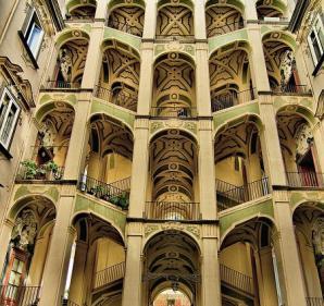 Palazzo Dello Spagnolo, Naples