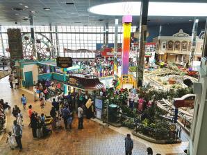 Fantasy Fair At Woodbine Centre, Toronto