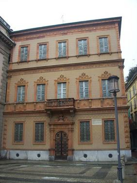 Casa Manzoni, Milan